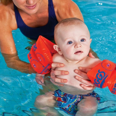First time swimming with your baby: what to expect