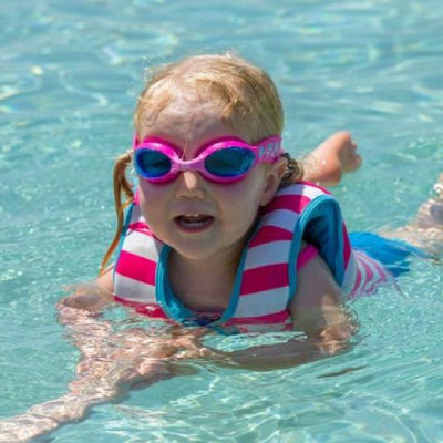 Parents' Guide: Taking your child swimming this weekend?
