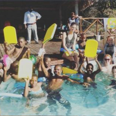 Zoggs Support Love the Oceans - Teaching Swimming in Mozambique